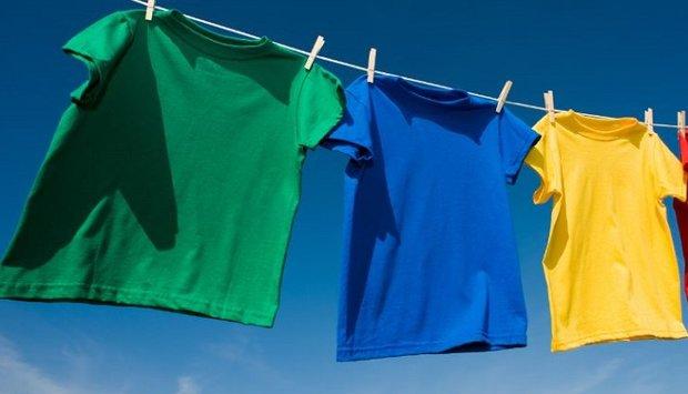 Bí quyết phơi quần áo không bị giãn dành cho áo phông, áo len