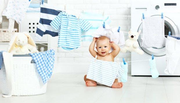 Sai lầm cần tránh khi giặt và phơi quần áo sơ sinh cho trẻ